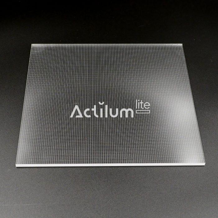 plexiled-y-lumisheet-metacrilato-optico-v-cutting-2d-lgp -Luxpanel-4mm