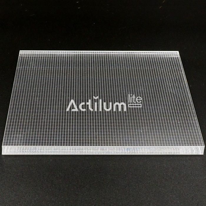 plexiled-y-lumisheet-metacrilato-optico-v-cutting-2d-lgp-Luxpanel-8mm